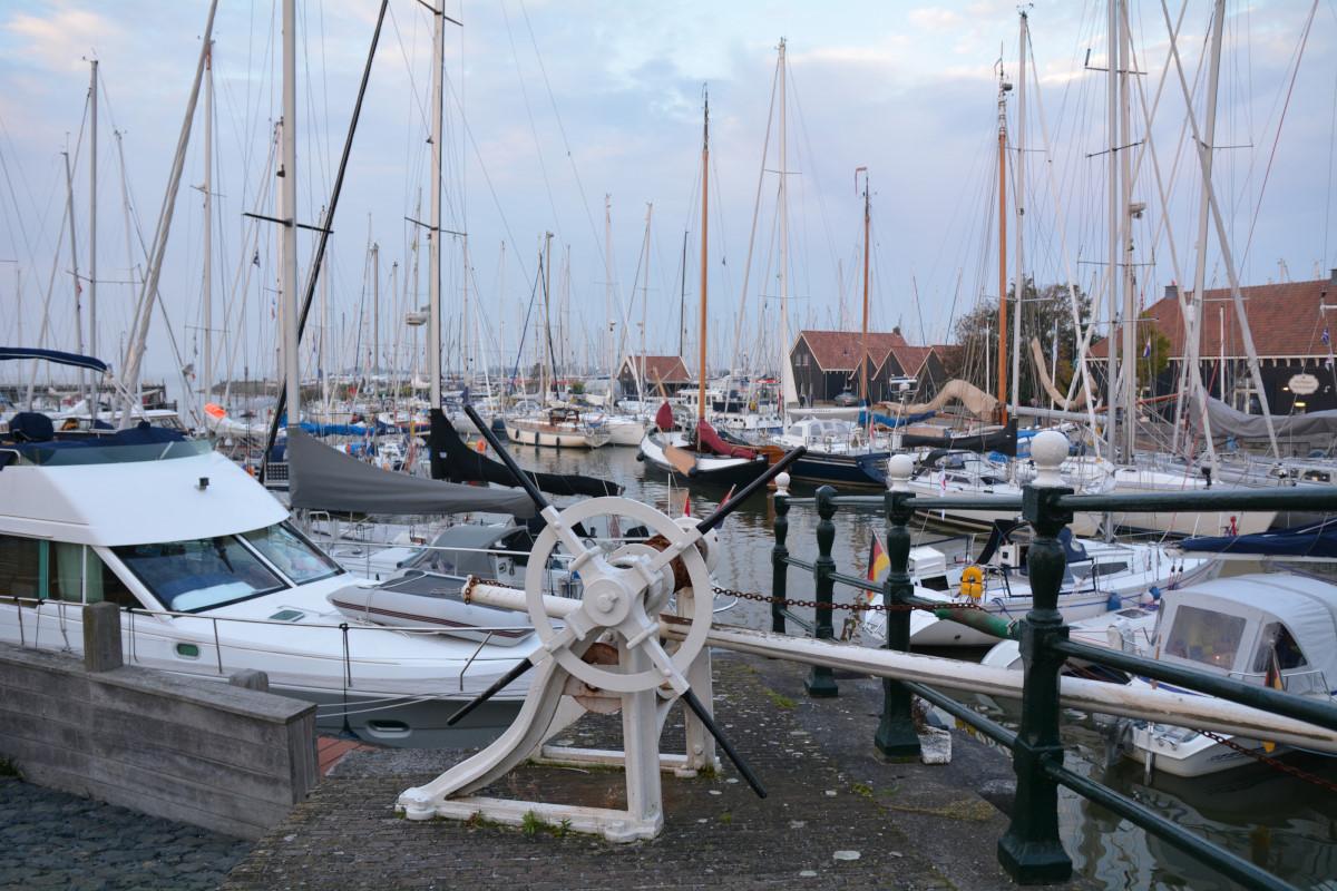 Yacht harbour Hindeloopen