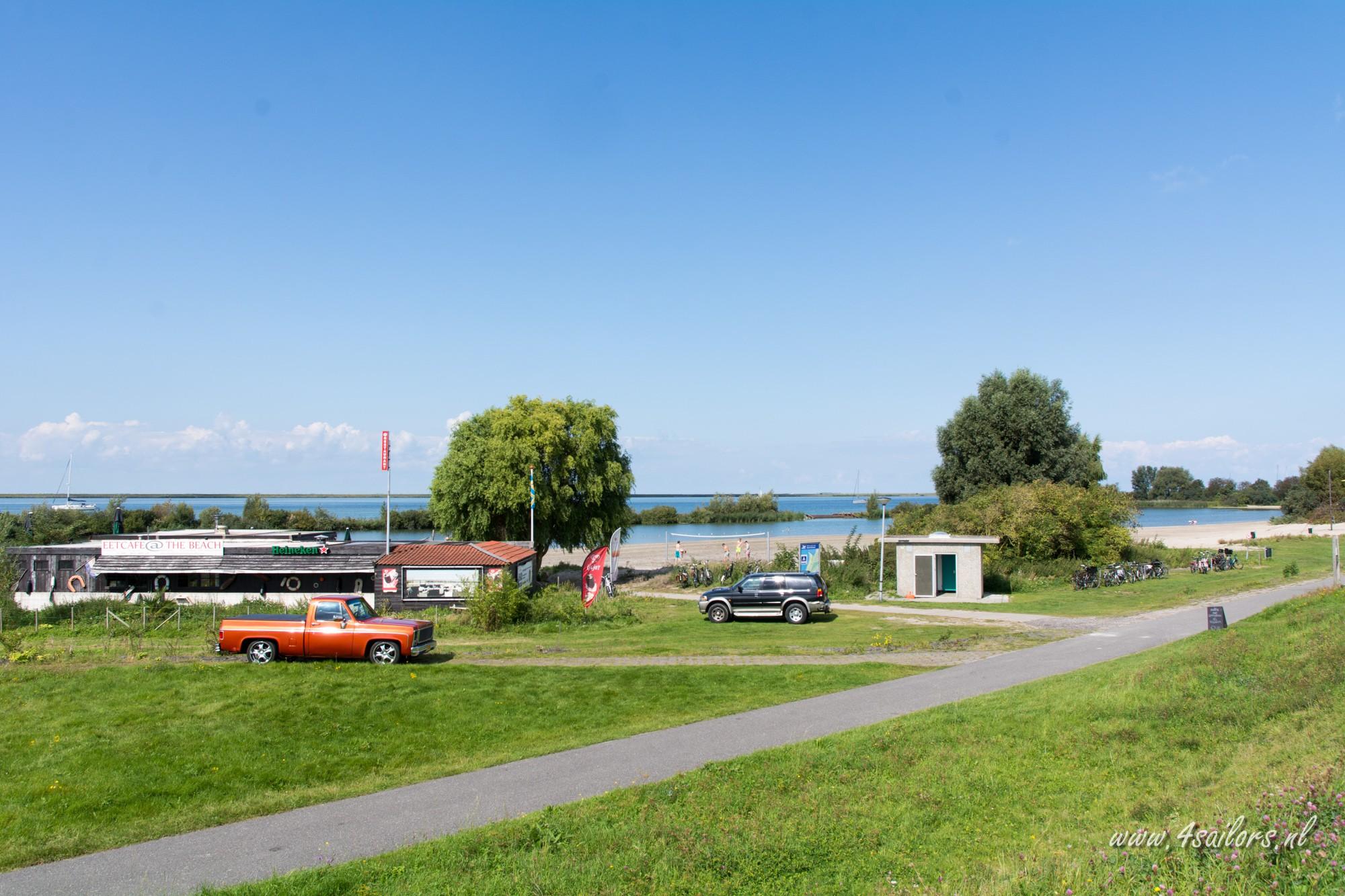 Ankerplaats Lelystad onder Flevo Marina
